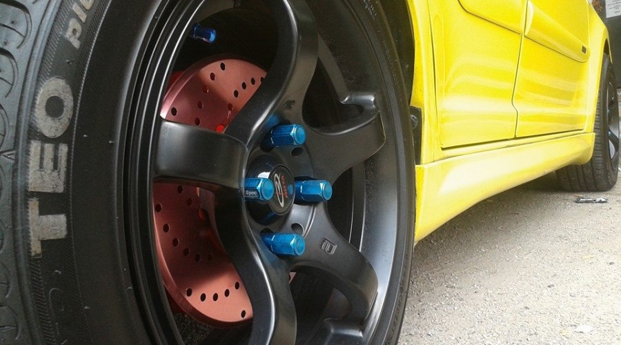 Newly Fit on Racing Rims & Tyre for SUZUKI Swift